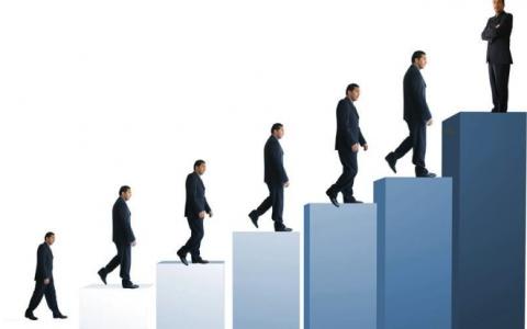 个人获取第一桶金、实现财富增长的8种商业模式